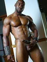 Black bodybuilder