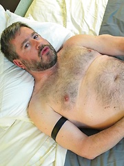 Scott Spears Fucks and Seeds Porn Newcummer Dan Lair With His Fat Cock