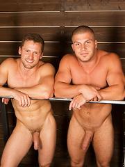 Brodie & Brendan: Bareback